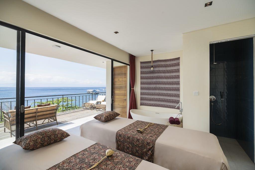 Adiwana Warnakali PADI 5 star dive resort Nusa Penida Bali spa