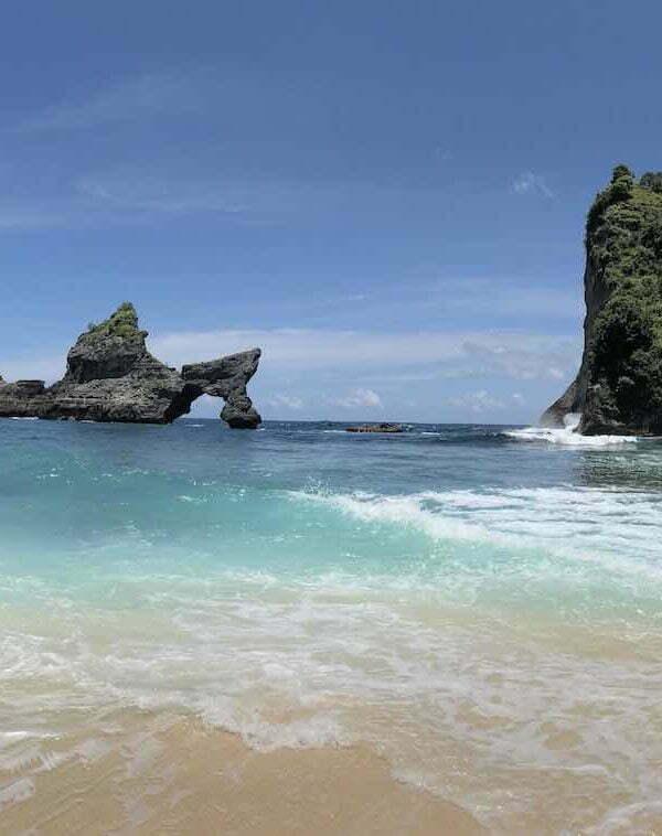 Pantai Atuh Beach Nusa Penida Panorama