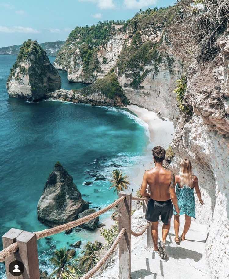 Diamond beach Bali Nusa Penida les droners