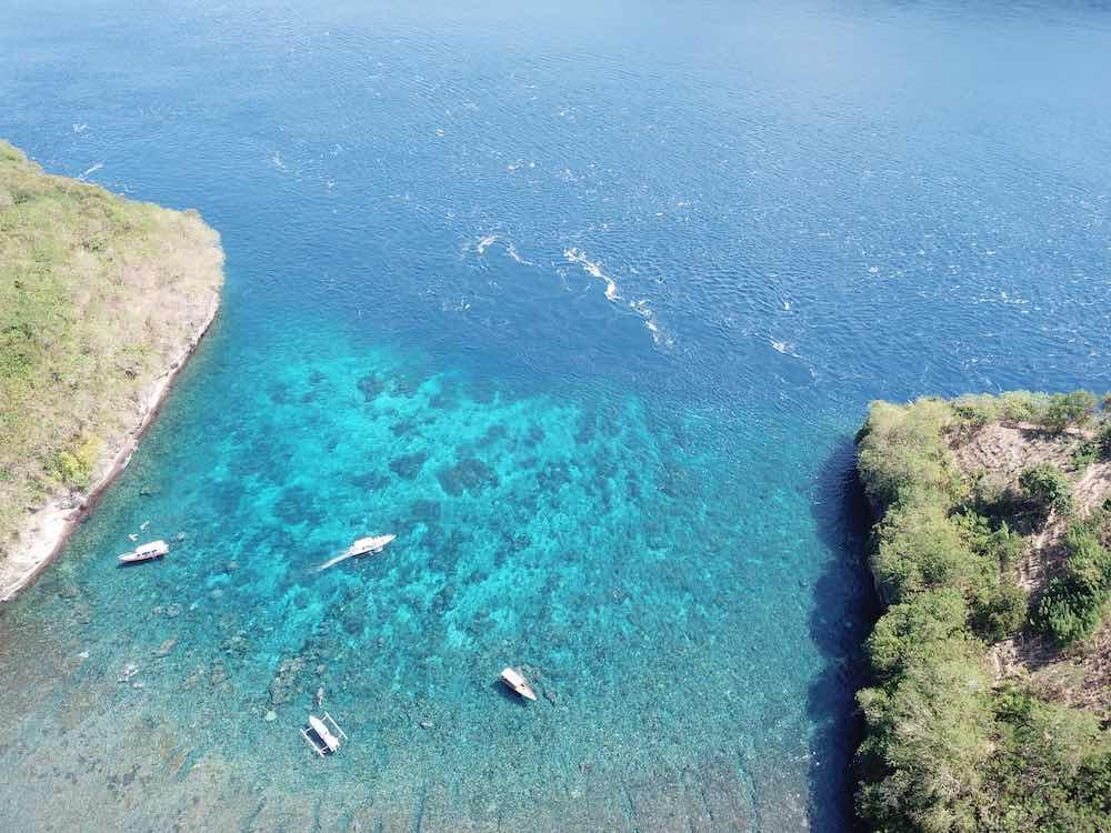 Gamat Bay drone view Nusa Penida