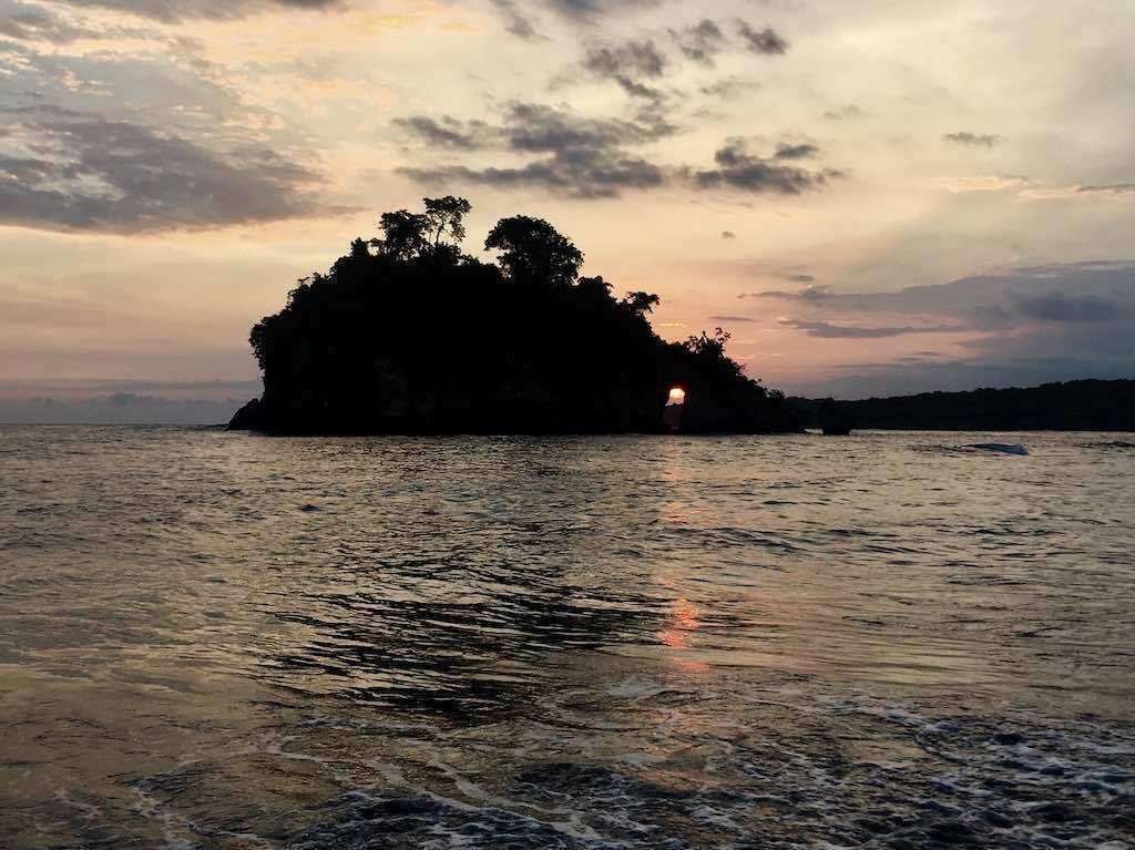 Sunset Crystal Bay Nusa Penida Bali