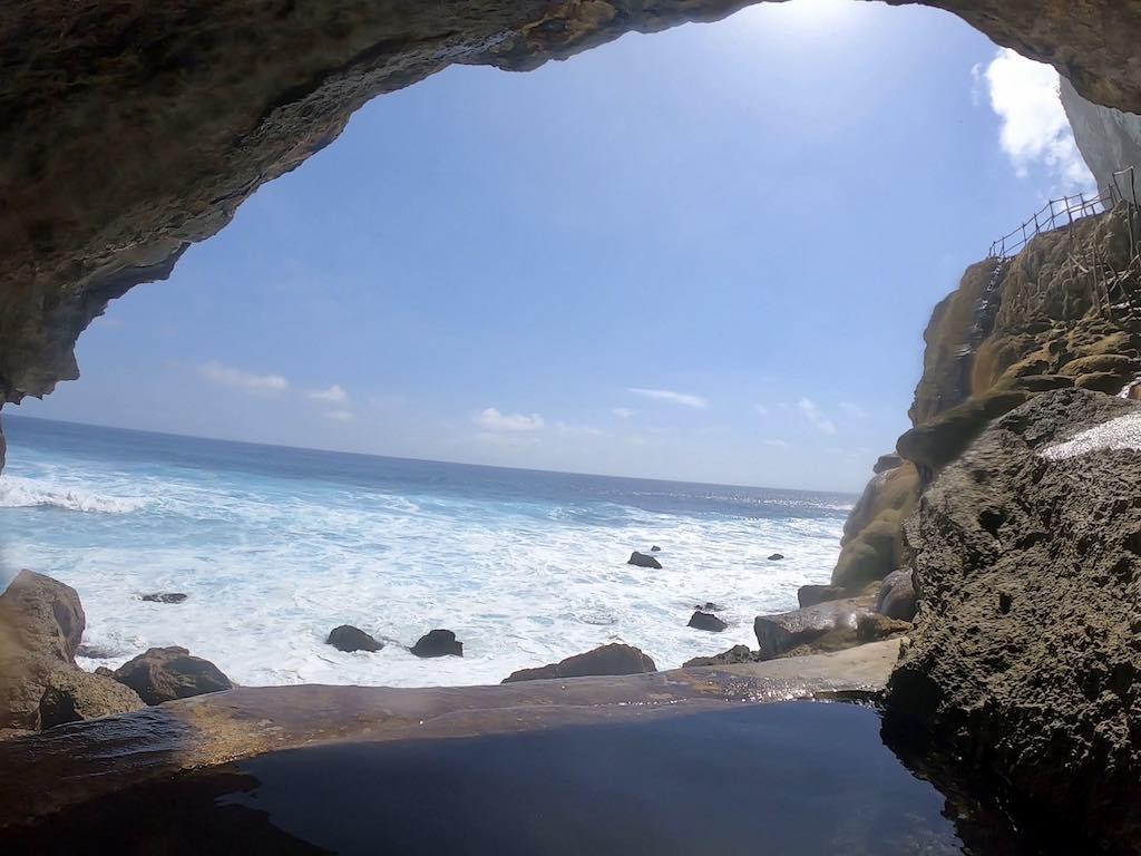 Guyangan Waterfall Nusa Penida Bali infinity pool