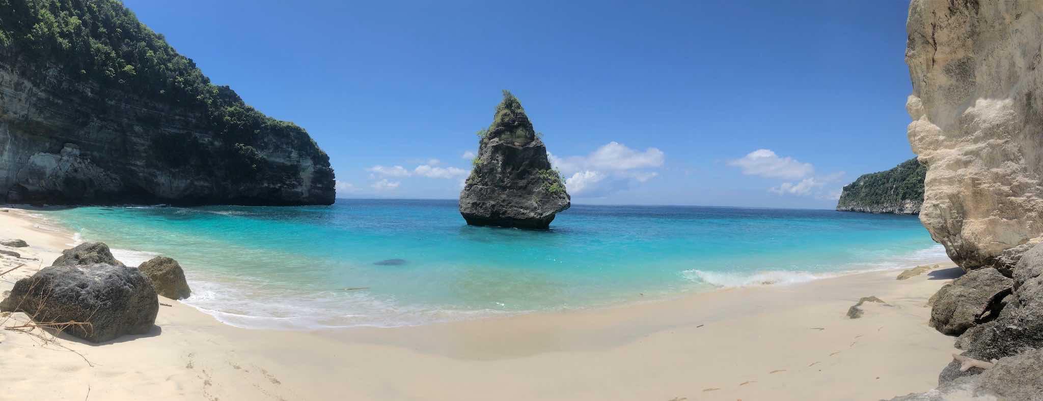 Suwehan Beach Nusa Penida Bali panorama