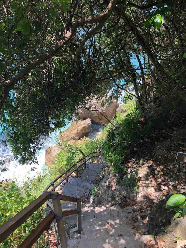 Suwehan Beach staircase Nusa Penida