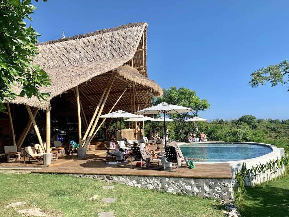 Amok sunset pool bar restaurant Nusa Penida