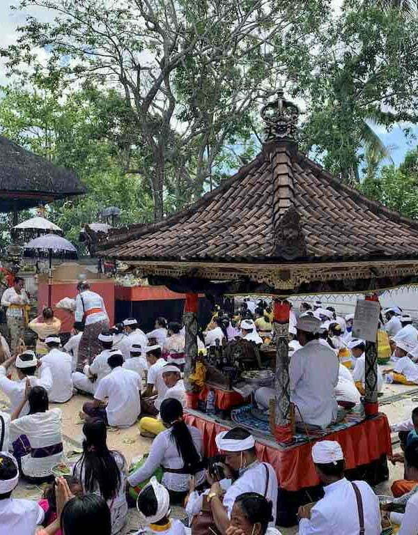 Bali celebrations ceremonies events Nusa Penida Kuningan