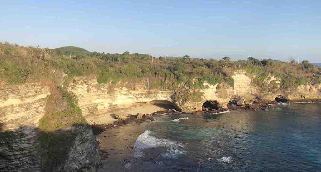 Pendakian Crystal Bay ke Broken Beach Nusa Penida Bali